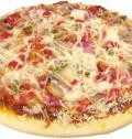 Хорошей пиццы должно быть много