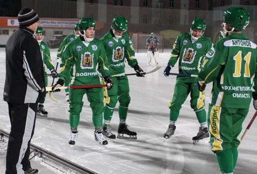 В Архангельске «Водник» сыграет со «Стартом»