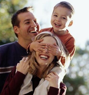 Врачам, педагогам и мамам Архангельской области напомнят, что основа нормальной жизни – семья