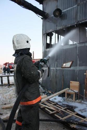 В Архангельске сгорела котельная деревообрабатывающего предприятия