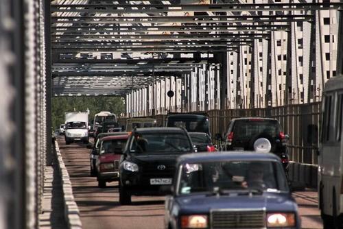 Ситуацию на дорогах Архангельска городские власти назвали критической