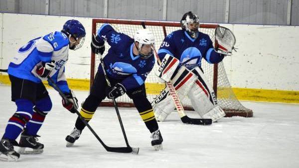 В Архангельске пройдут финальные игры плей-офф «Ночной хоккейной лиги»