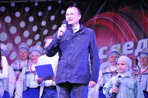 Группа «Мохито» выступила в Новодвинске на городском празднике последнего звонка