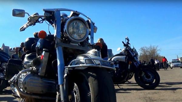 В выходные байкеры Архангельска официально открыли мотосезон