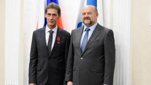 Двое работников Архангельского ЦБК отмечены государственными наградами