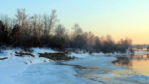 В Архангельской области на отдельных участках рек начался ледостав