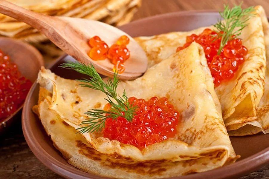 Самая вкусная блинно-ягодно-сметанная неделя началась в Архангельской области